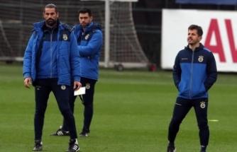 """Emre Belözoğlu: """"Fenerbahçe, bu sene ligin şampiyonlukta en büyük adayıdır"""""""