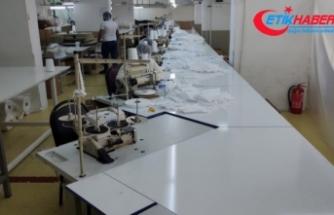 Kaçak maske üretimi yapılan atölyeye baskın: 220 bin kaçak maske ele geçirildi