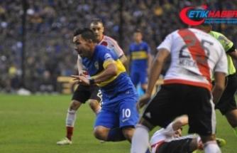 Arjantinli Carlos Tevez'den futbolculara yardım çağrısı