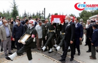 İdlib'de şehit olan Teğmen Canbert Tatar son yolculuğuna uğurlandı
