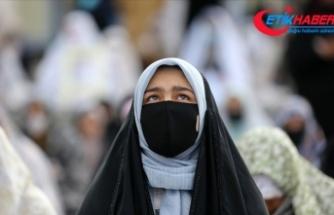İran'da Kovid-19 nedeniyle son 24 saatte 50 kişi hayatını kaybetti