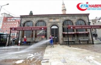 Trabzon'da 1261 cami ve cami dışı alanda cuma namazı kılınabilecek