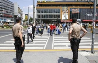 Konya'da maske takmayan 56 kişiye 50 bin 400 lira ceza kesildi