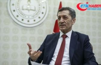 Milli Eğitim Bakanı Selçuk: Sınav yapılacak okul binalarının temizlik ve dezenfeksiyonunu yapıyoruz