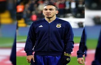 Fenerbahçe'de Mevlüt Erdinç ameliyat oldu