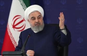 İran Cumhurbaşkanı Ruhani: Petrole bağımlı olmayan ekonomiye dayanarak ülkeyi yönetebildik