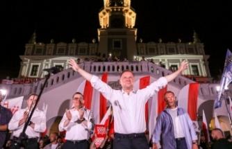 Polonya'da Cumhurbaşkanlığı seçimlerinin galibi Andrzej Duda oldu
