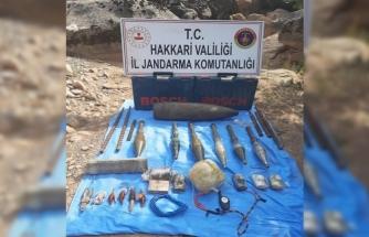 Teröristlerin inlerinde çok sayıda mühimmat ele geçirildi