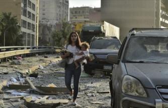 Beyrut'ta patlamanın ardından 2 hafta olağanüstü hal ilan edildi