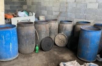 2 bin 280 litre kaçak içki ve çok sayıda kaçak ürün ele geçirildi