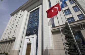 AK Parti'den Kovid-19 süreci ve Türkiye'nin dış yardımlarına ilişkin kitapçık