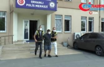 """""""Eniştem Gebze'de servis şoförüdür"""""""