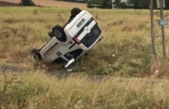 Eskişehir'de hafif ticari araç ile otomobil çarpıştı: 1 ölü, 3 yaralı