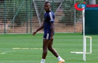 Fenerbahçe'nin yeni transferi Samatta, ilk idmanına çıktı