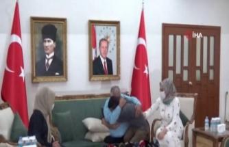 HDP önündeki ailelerin çığlığı PKK'yı bitirme noktasına getirdi, bir aile daha evladına kavuştu