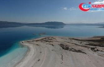 Salda'nın 'Beyaz Adalar' bölgesinde göle ve plaja giriş yasaklandı