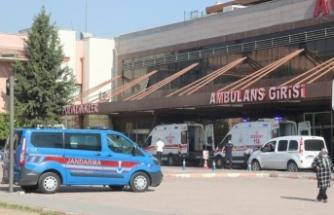 Sınırda askeri araç devrildi: 16 yaralı