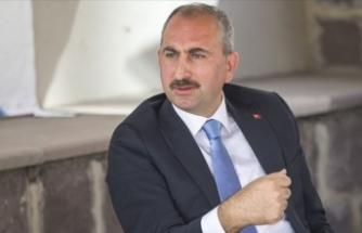 Adalet Bakanı Gül'den Kılıçdaroğlu'na yanıt: Şahsımızla ilgili söylediği hususları da kendisine iade ediyorum