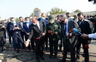 Azerbaycan Cumhurbaşkanı Yardımcısı Hacıyev, Ermenistan'ın saldırdığı Berde'de