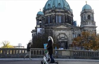 Almanya'da Kovid-19 kaynaklı en yüksek günlük ölü sayısı kaydedildi