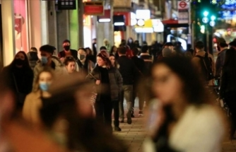 Dünya genelinde Kovid-19 tespit edilen kişi sayısı 61 milyon 988 bini geçti