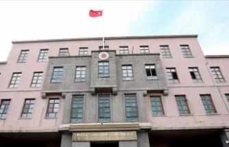 MSB: Şahsi ihtiras ve hevesleri için TSK ve Mehmetçiğe hakaret eden bu gayri milli dili şiddetle kınıyoruz