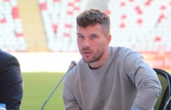 "Podolski: ""Türkiye benim ikinci vatanım"""