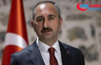 Adalet Bakanı Gül: WhatsApp'ın zorunlu güncellemesi çifte standarttır