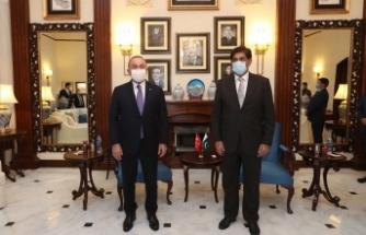 """Bakan Çavuşoğlu: """"Kardeş Pakistan ile önümüzdeki süreçte temaslarımızı arttıracağız"""""""