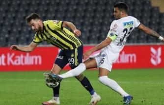 Fenerbahçe'den Sinan Gümüş'ün sağlık durumu hakkında açıklama: Sağ diz ön çapraz bağlarında gerilme tespit edilmiştir