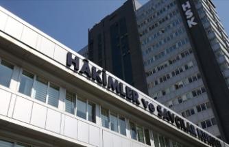 HSK, FETÖ ile iltisaklı 9 hakim ve savcıyı meslekten ihraç etti, 4 hakim ve savcıyı görevden uzaklaştırdı