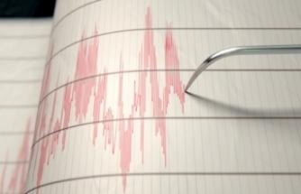 İzmir açıklarında 4.0 büyüklüğünde deprem