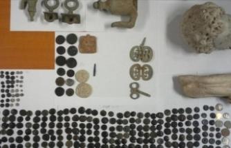 Anadolu'dan kaçırılan 412 tarihi eser Türkiye'ye getirildi