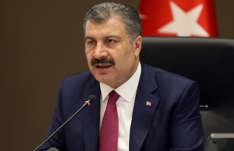 Sağlık Bakanı Koca: Kovid-19 ile mücadelemizi takdirle gündemine getiren yabancı devletler artıyor