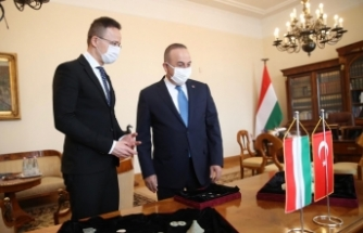 Dışişleri Bakanı Çavuşoğlu, Macaristanlı mevkidaşı Peter Szijjarto ile görüştü