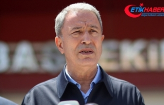 Milli Savunma Bakanı Akar, helikopter kazasında yaralanan askerlerin durumunun iyi olduğunu söyledi