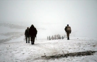 MSB: Bitlis'teki askeri helikopter kazası olumsuz hava şartları ve görüşün kaybedilmesi nedeniyle meydana geldi