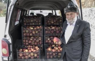 'Elmacı Dede'den Suriye sınırındaki askerlere destek