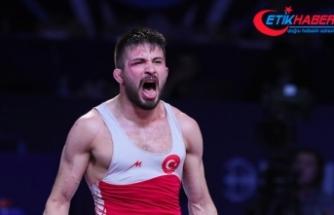 Milli güreşçi Süleyman Atlı Avrupa şampiyonu oldu