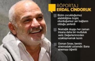 Oyuncu Erdal Cindoruk: Envai çeşit rolü denemek, oynamak, başarmak gibi bir derdimiz var