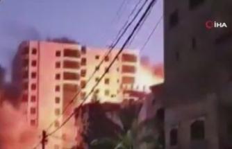 İsrail, Gazze'de 13 katlı binayı vurdu