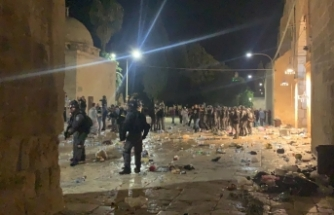 İsrail güçlerinin Mescid-i Aksa saldırısında en az 53 yaralı
