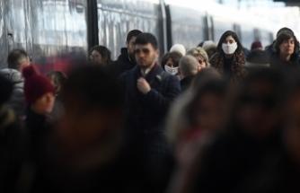 İtalya'da son 24 saatte 11 bin 807 yeni vaka