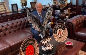 MHP Lideri Bahçeli'den Beşiktaş'a kutlama