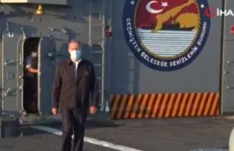 """Bakan Akar: """"Türkiye, 500 yıllık tarihi kardeşlik bağı bulunan Libyalı kardeşlerinin yanında olmaya devam edecek"""""""