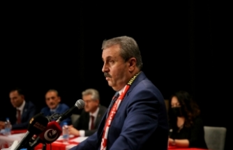 BBP Genel Başkanı Destici, Eskişehir 9. Olağan İl Kongresi'nde konuştu: