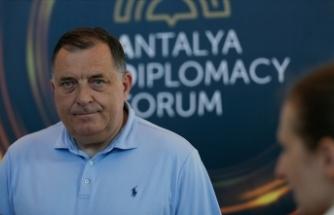 Bosna Hersek Devlet Başkanlığı Konseyi Başkanı Dodik, ekonomiyi ayağa kaldırmanın yollarını aradıklarını söyledi