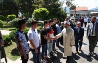 Diyanet İşleri Başkanı Erbaş, Gostivarlılarla bir araya geldi