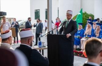 Diyanet İşleri Başkanı Erbaş, Karadağ'daki Mehmet Fatih Medresesinin mezuniyet törenine katıldı:
