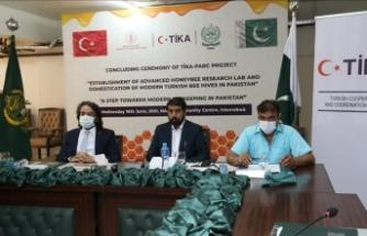 """TİKA'nın Pakistanlı arıcılara verdiği """"İleri Düzey Arı Araştırma Eğitimi Programı"""" tamamlandı"""